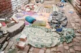 शाहजहांपुर में बंदरों के झुंड ने गिराई दीवार, मां-बेटी समेत पांच की मौत, सीएम ने किया मुआवजे का ऐलान