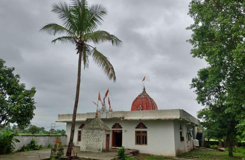 श्रावण सोमवार - चमत्कारी घटनाओं के लिए प्रसिद्ध हैजिजगांव खुर्द का श्री शंकर पार्वती मंदिर
