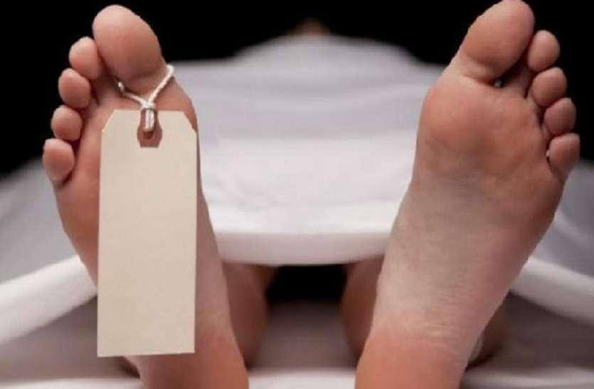 सांसद जनार्दन मिश्र के अंगरक्षक का लटकता मिला शव, पिता ने कहा हत्या हुई