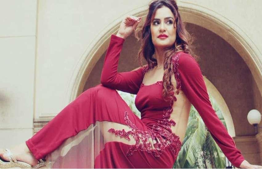 संजय दत्त की फिल्म 'टोरबाज' से बॉलीवुड करेंगी एकता कपूर की एक्ट्रेस, अफगानी लड़की के रोल में आएंगी नजर