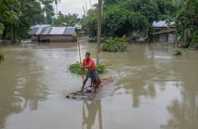 जानलेवा होती जा रही बारिश, बाढ़ से बिगड़े हालात, 24 घंटे में बिहार में 10 की मौत