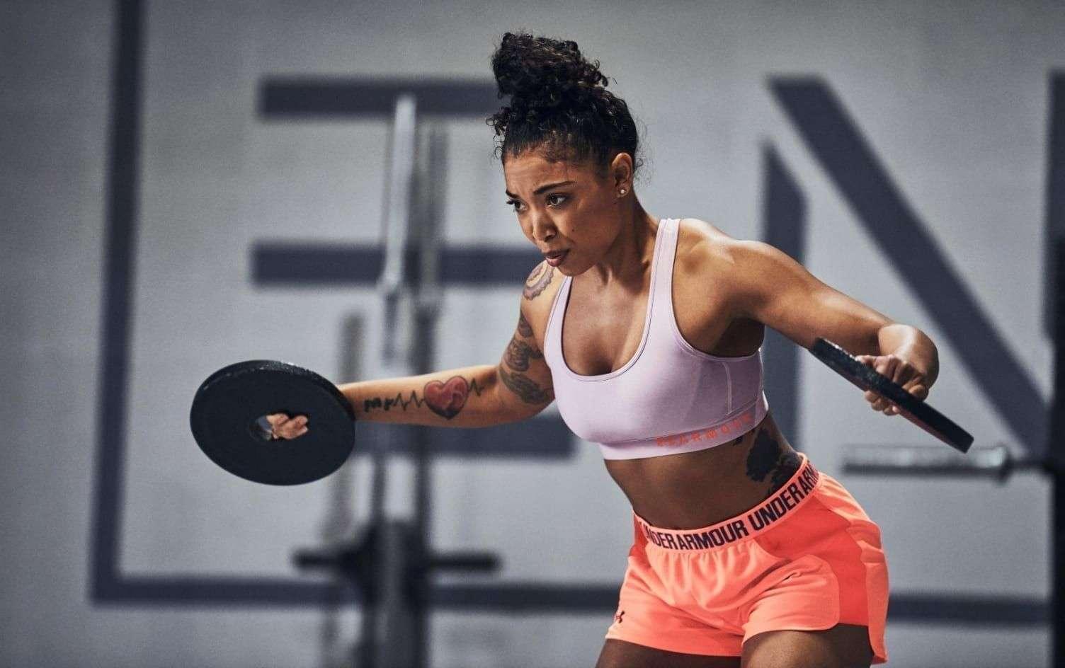 बैडमिंटन और टेनिस खेलने वाले स्विमर्स और जॉगर्स की तुलना में ज़्यादा जीते हैं