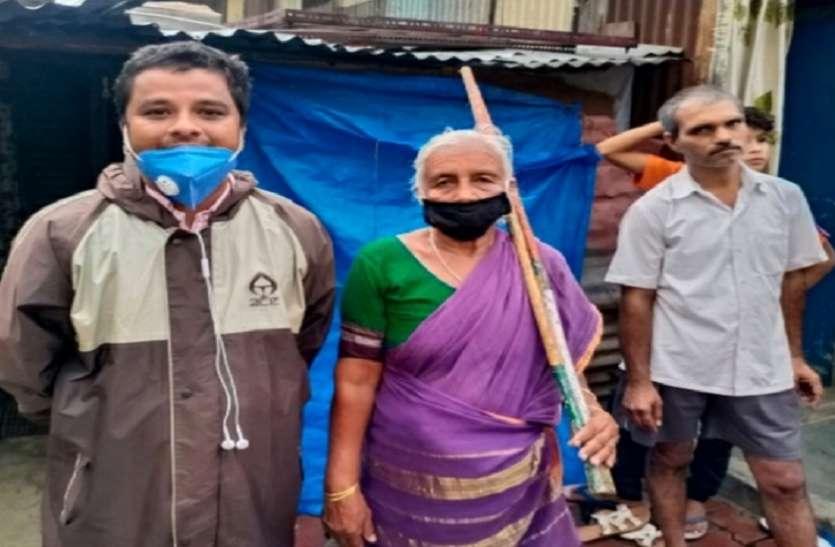 Mumbai News : 85 साल की दादी करती हैं लाठी से स्टंट, हर कोई अचंभित
