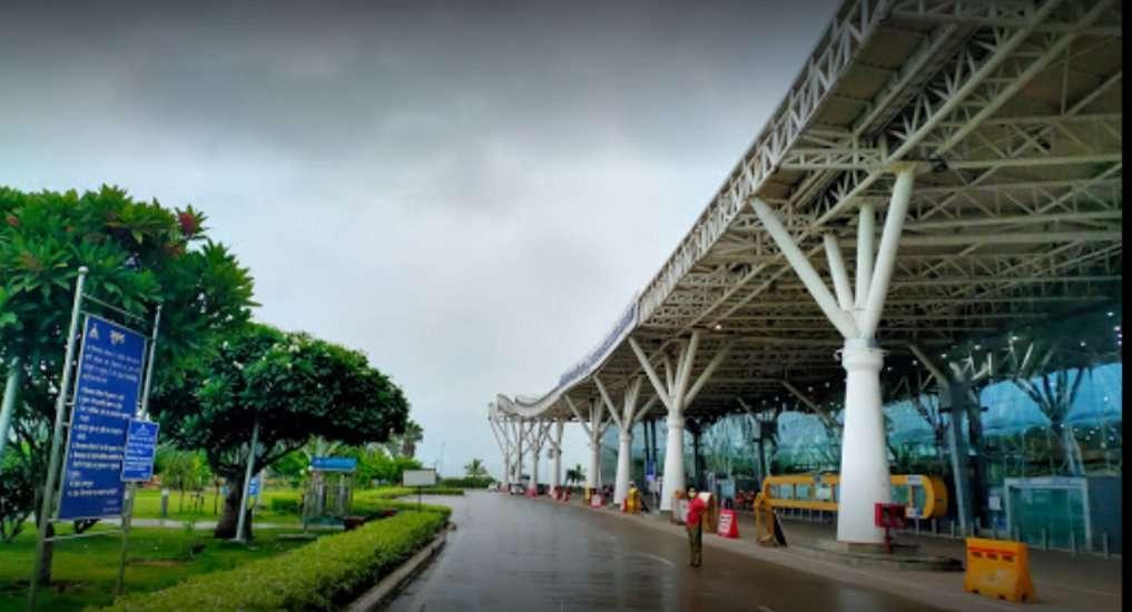 Chhattisgarh: पड़ोसी राज्यों के लिए सीधी फ्लाइट ना होने से यात्री चुका रहे दोगुना किराया