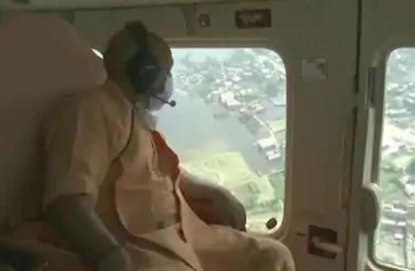सीएम योगी ने बाढ़ प्रभावित क्षेत्रों का किया दौरा, अफसरों को दिए निर्देश