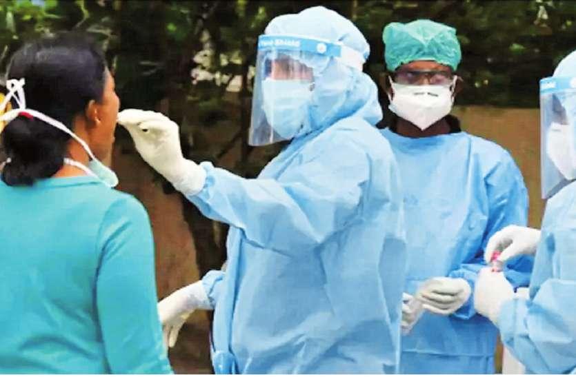 कोरोना का कहर: एक दिन में आए 4,453 मरीज, यहां मिले 562 संक्रमित, सीएम योगी ने बड़े आदेश किए जारी