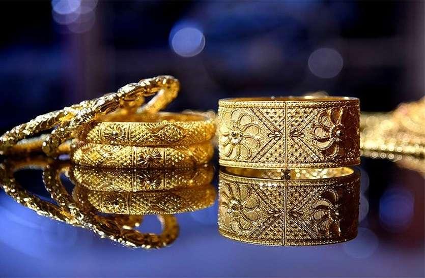 सोने ने लगाई 710 रुपए की छलांग, 54 हजारी होने के करीब