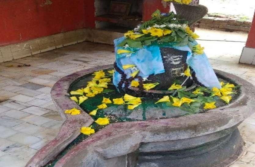 इस शिव मंदिर के भक्तों की नहीं होती अकाल मृत्यु, जानिए 500 वर्ष प्राचीन शिवलिंग की है अनोखी दास्तां