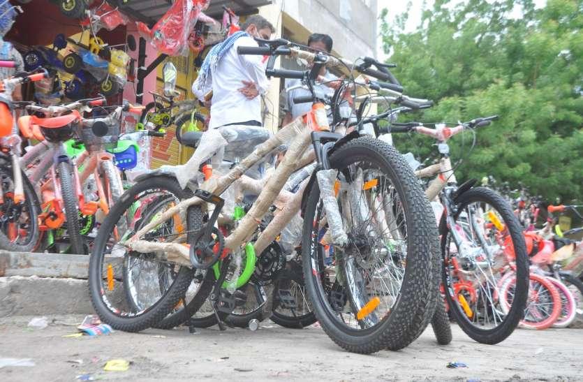 एडवांस बुकिंग करवाओ, 20 दिन बाद मिलेगी साइकिल