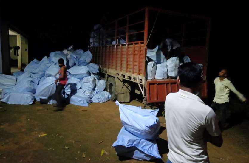 हेड कांस्टेबल की मुस्तैदी से लॉकडाउन में पकड़ा गया 36 लाख के गुटखे से भरा ट्रक, फिर ऑफिसरों ने लिया एक्शन
