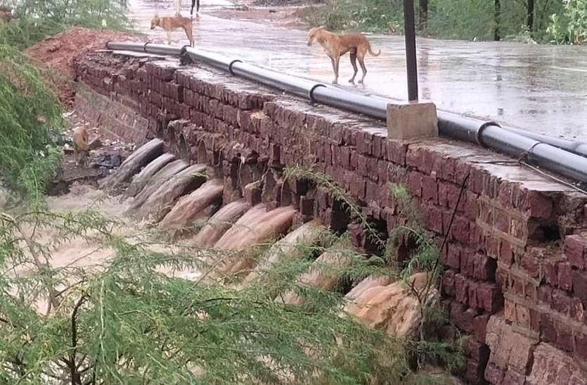 पोकरण में 37 एमएम बारिश हुई रिकॉर्ड, डेढ़ घंटे तक जमकर बरसे बदरा