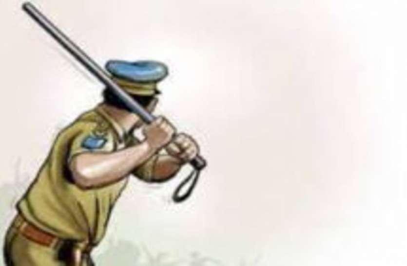 सिपाही को थप्पड़ जड़ने वाले भाजपा नेता के भाई को पुलिसकर्मियों ने जमीन पर गिरा-गिराकर पीटा
