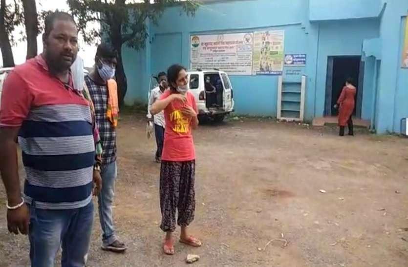 कोरोना काल में मौत बन गई आफत, भोपाल से शव लेकर जांजगीर जा रहे परिजनों को पुलिस ने कवर्धा जिले में रोका