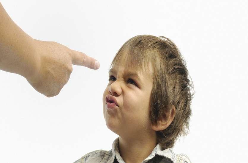मेधावी बच्चे भी हो रहे बिगड़ैल, जानिए कैसे सुधारें