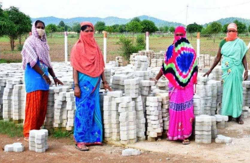 फसलों की सुरक्षा, पशुधन की देखभाल के साथ आजीविका केंद्र के रूप में विकसित हो रहे गौठान