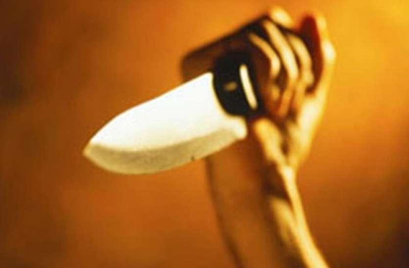 गणेश जी लेने गए 4 जूनियर डॉक्टरों पर ताबड़तोड़ चाकुओं से हमला