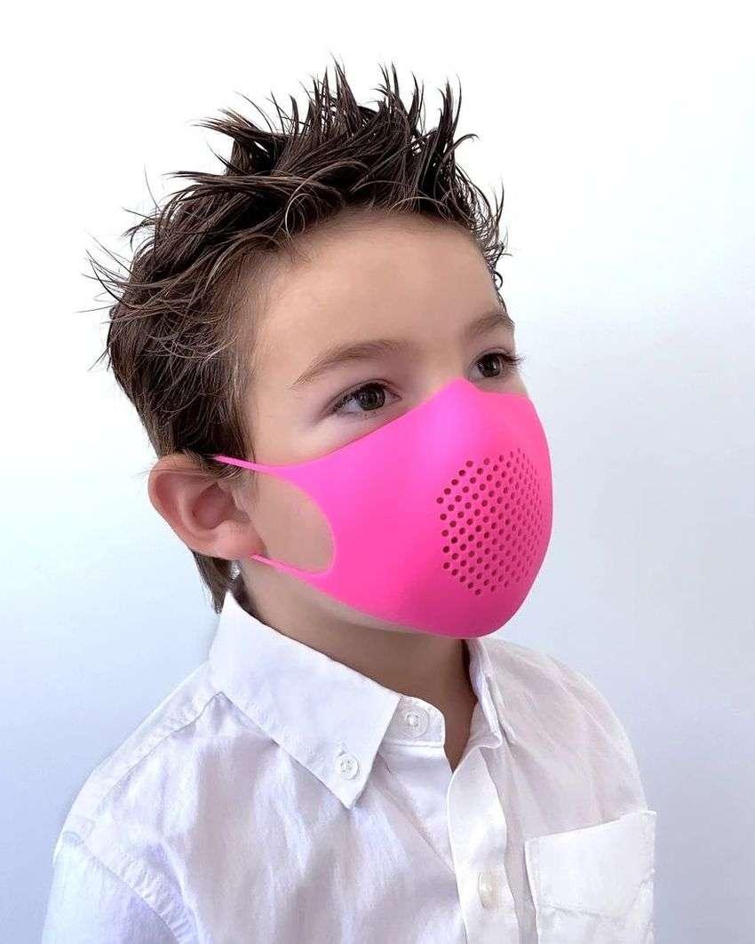 3 साल से कम उम्र के बच्चे के लिए फेस मास्क हो सकता है खतरनाक- शोध