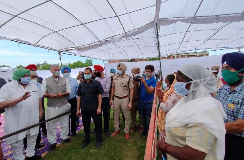 जहरीली शराब कांडः मुख्यमंत्री पहुंचे पीड़ितों से मिलने, सरकारी नौकरी समेत कई ऐलान