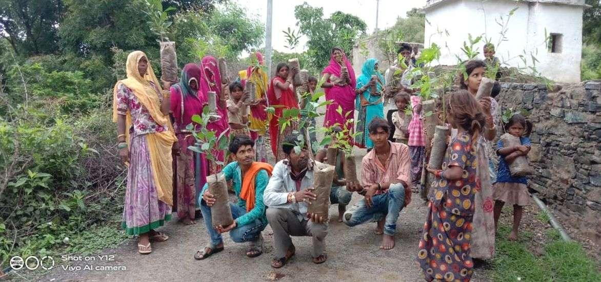 HARIT PRADESH ABHIYAN: नाम छोटा सा नानजी, काम वटवृक्ष के समान ऊंचा
