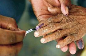 Bihar Election: विपक्ष कर रहा भारी विरोध, चुनाव कराने की तैयारी में आयोग, जल्द जारी होगी गाइडलाइंस