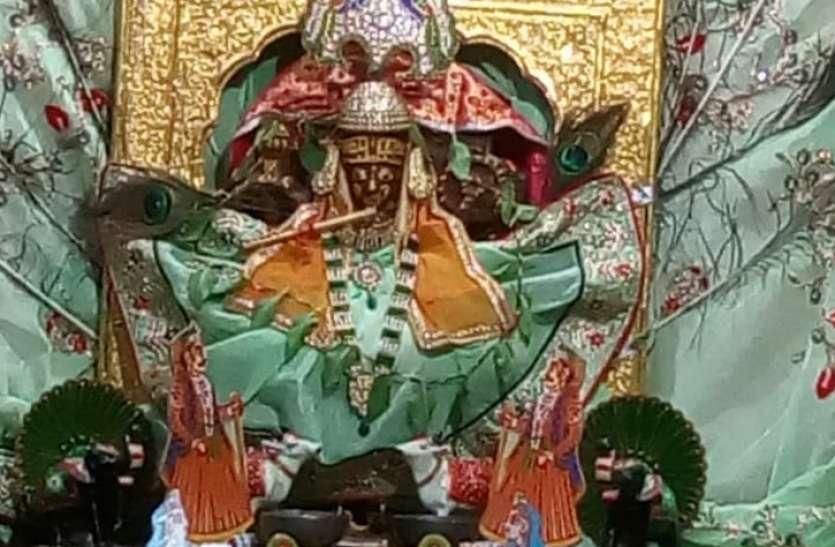 मंदिरों में मनाया जन्माष्टमी पर्व