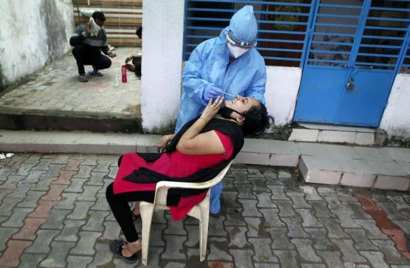 Gujarat: गुजरात में एक दिन में कोरोना के 1092 नए मरीज, 18 की मौत