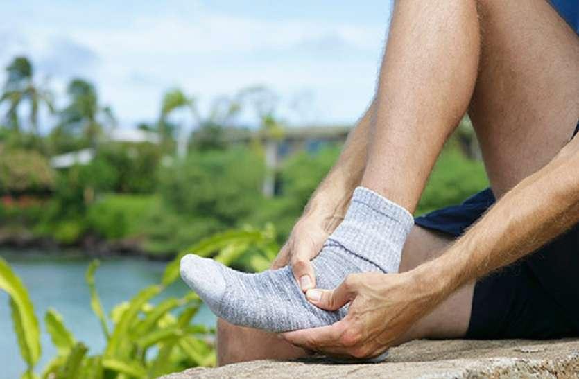 दौड़ते समय पैरों में दर्द तो यह काम जरूर से करें