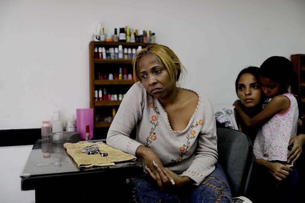 कोरोना अपडेट: महामारी से युवा सबसे अधिक प्रभावित, अवसाद और चिंता महिलाओं में ज़्यादा