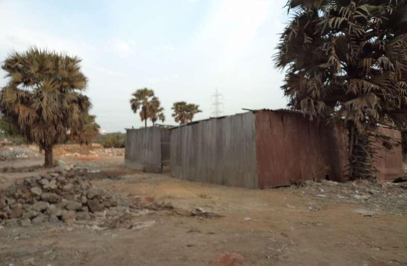 गौशाला के प्रस्तावित भूखंड पर अतिक्रमण कर पीएम आवास निर्माण