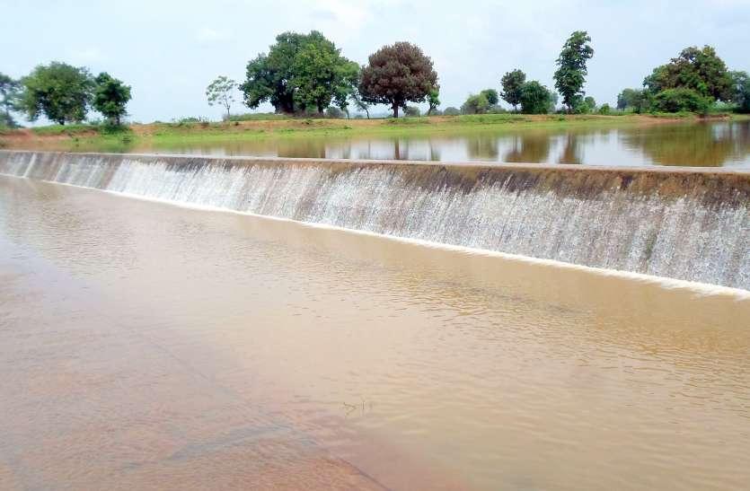 अच्छी खबर- 15 दिन में बदली जलाशयों व तालाबों की सूरत, बारिश होने से हुए लबालब