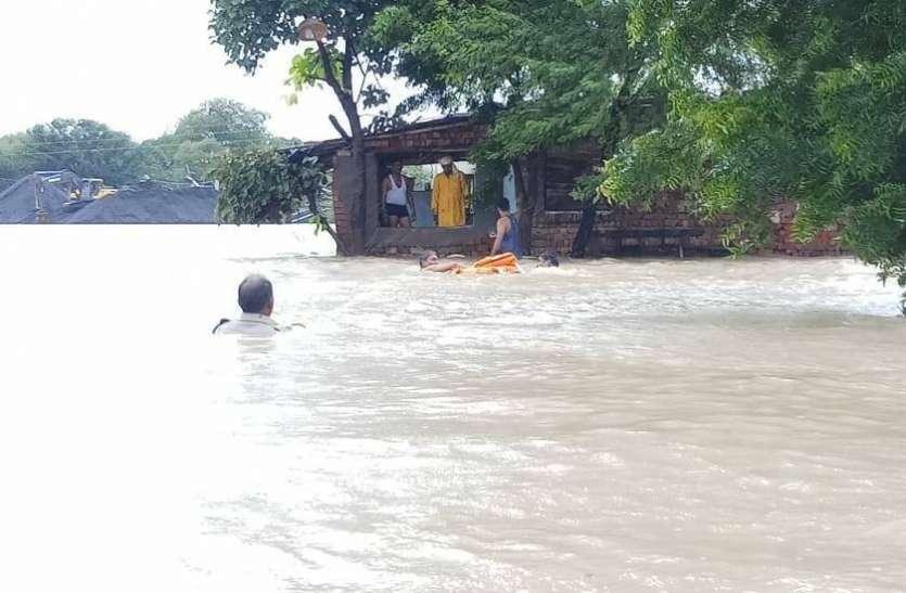राजस्थान में यहां आफत बनकर बरसी बारिश, छह लोग लापता हो गए पानी में