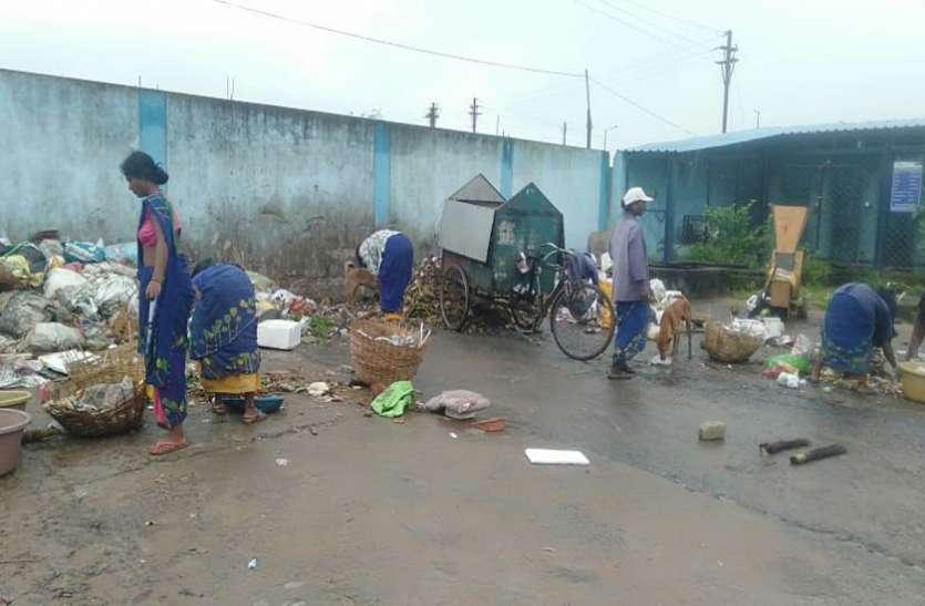 स्वच्छता सर्वेक्षण से पहले ही 'स्वच्छ अंबिकापुर मिशन' ने अपने शहर को पहुंचाया टॉप पर