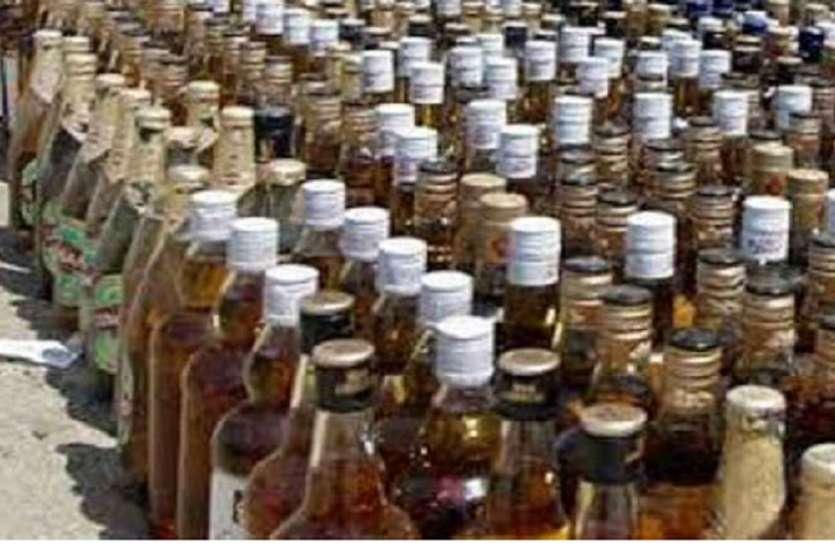 अवैध शराब की बिक्री के खिलाफ अभियान, 69 हजार रुपये मूल्य की 292 लीटर शराब जब्त
