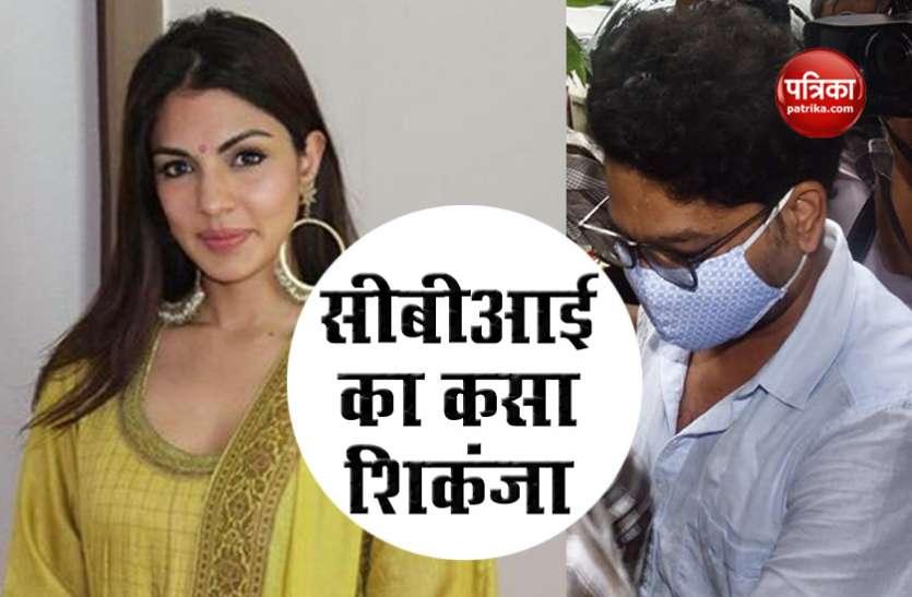 Rhea Chakraborty पहुंची डीआरडीओ ऑफिस, केस के सभी आरोपियों को आमने-सामने बैठाया जाएगा!