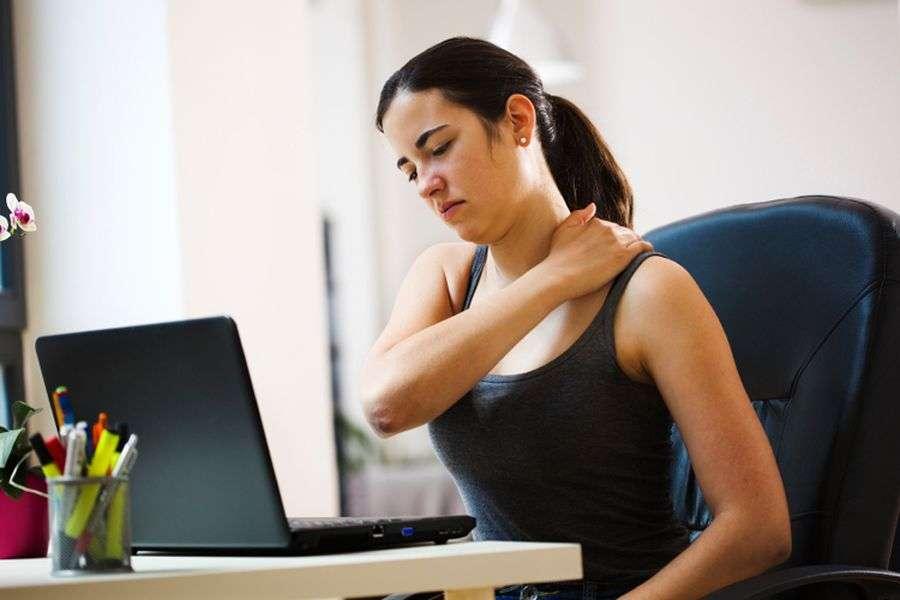 वर्कआउट: 5 मिनट की इस कसरत से काम के दौरान भी पा सकते हैं एनर्जी और फिटनेस