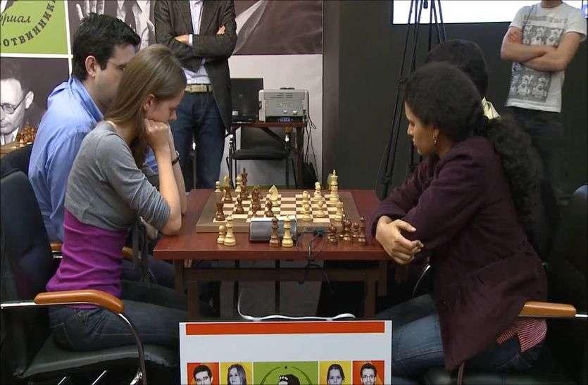 Fide Chess Olympiad : आर्मेनिया को हराकर भारत अंतिम चार में