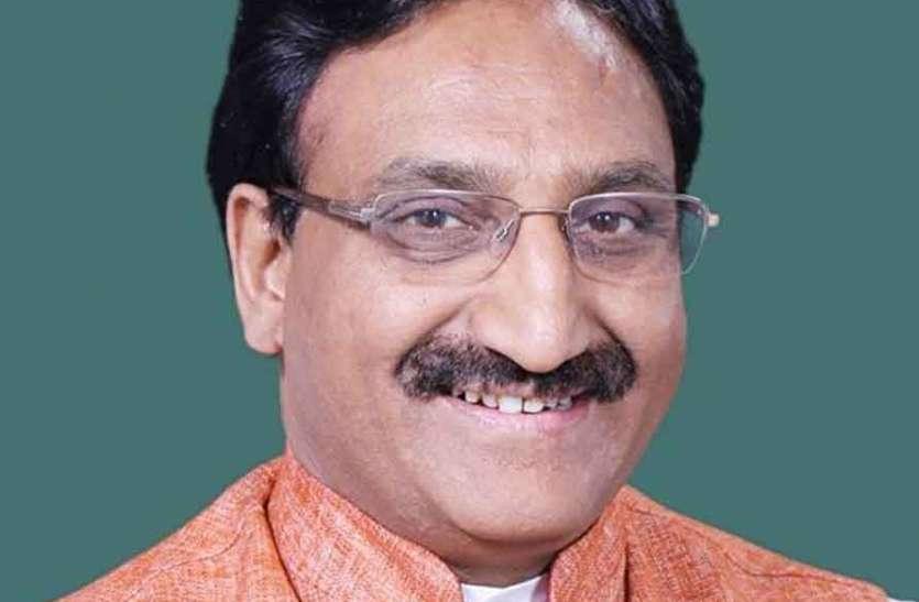 EXCLUSIVE: NEET, JEE और UGC परीक्षा के विरोध पर शिक्षा मंत्री निशंक ने 'पत्रिका' से क्या कहा