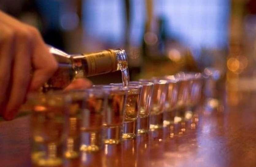 डेढ़ करोड़ की शराब, नशीले पदार्थ समेत अन्य सामग्री जप्त