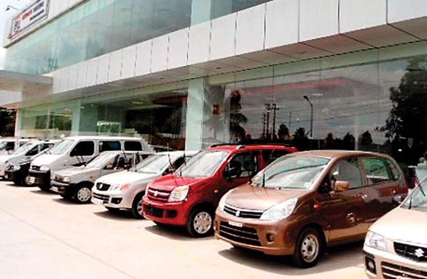 अगस्त के महीने में ऑटो सेक्टर रहा बेहाल, Maruti के अलावा नहीं बिक रही किसी कंपनी की कारें