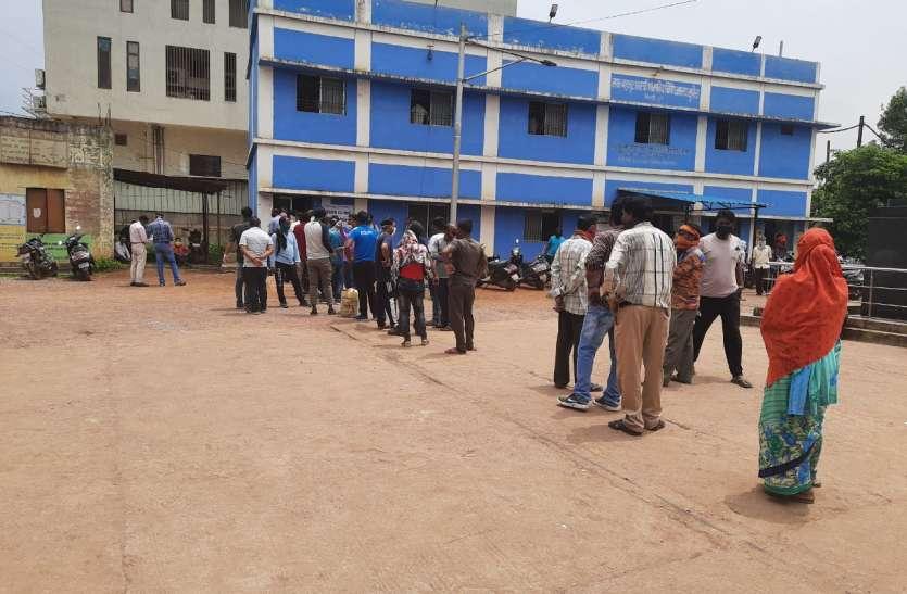 जम्मू से भिलाई लौटे सीआईएसएफ के19 जवान कोरोना से संक्रमित जिला में 218 पॉजिटिव केस,6 ने तोड़ा दम