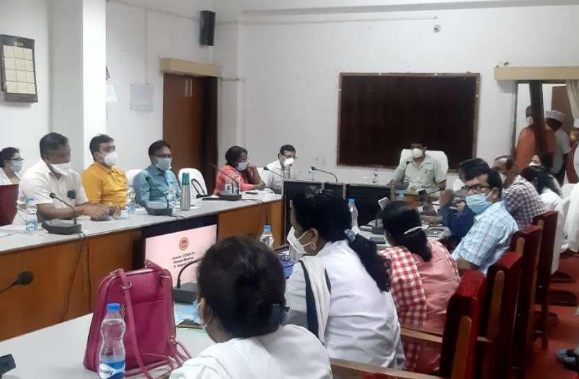 मेडिकल कॉलेज की टीम ने कोविड ओरिएन्टेशन का दिया प्रशिक्षण