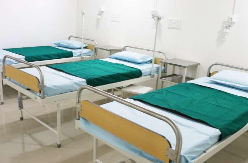प्रदेश के कोविड केयर सेंटरों में कोरोना मरीजों के लिए पर्याप्त बेड उपलब्ध