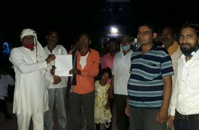 UP Top Ten News: लेखपाल पर गाय से दुष्कर्म के प्रयास का आरोप, क्षेत्रीय लोगों ने किया हंगामा