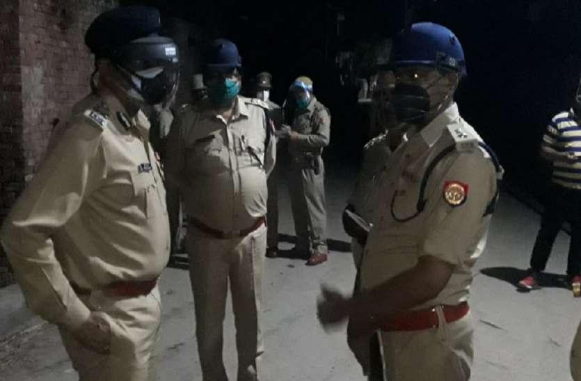 बिकरू कांड की तरह मेरठ में भी पुलिस टीम पर फायरिंग, पुलिसकर्मियोंने अंधेरे में इधर-उधर छिपकर बचाई जान
