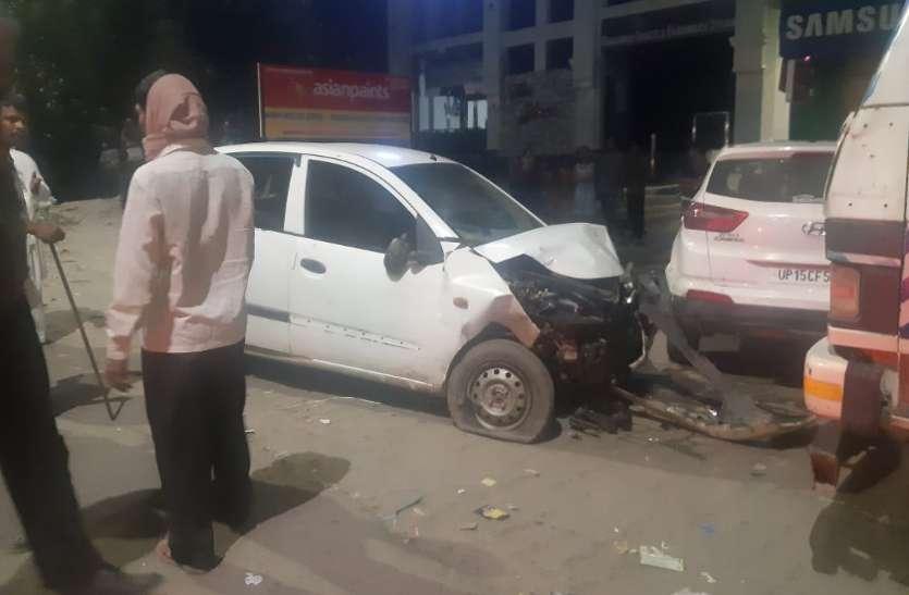 Meerut: लॉकडाउन के दौरानतेज रफ्तार कारों की भिड़ंत में एक युवक की मौत, कई घायल