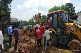 Ahmedabad News, Palanpur News :  दीवार धराशायी, माता-पुत्री सहित 3 की मौत, 8 घायल