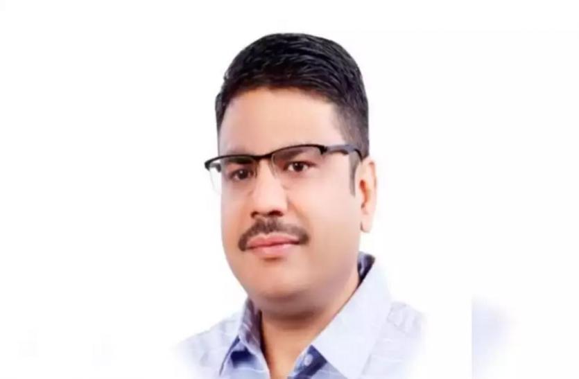 Congress का आरोप, Delhi Cantonment Board के पार्षद पर AAP Leader ने किया हमला
