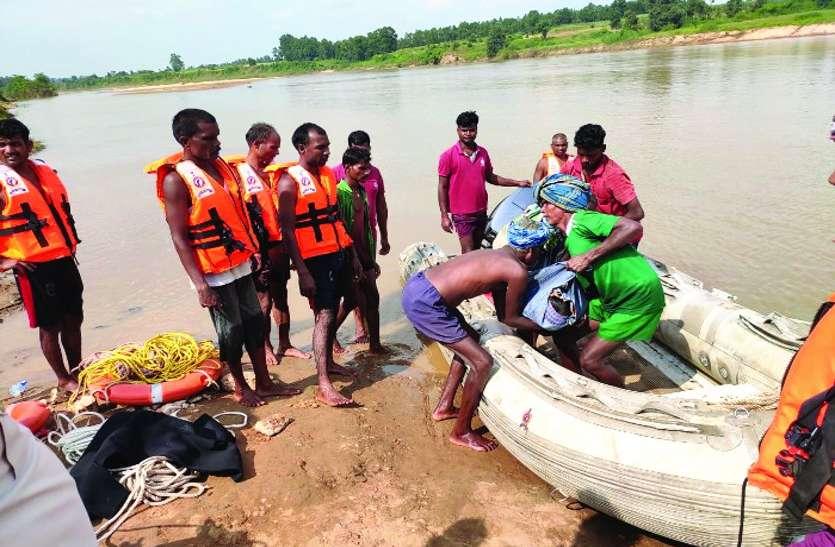 भैंस को बचाने के चक्कर में महान नदी में डूबा युवक, दूसरे दिन गोताखोरों ने मशक्कत के बाद निकाली लाश
