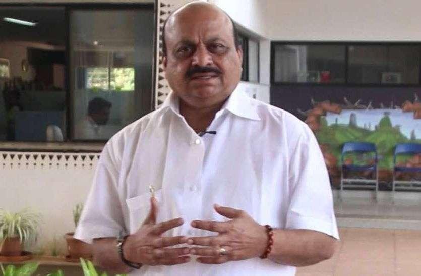 कर्नाटक के गृहमंत्री बसवराज बोम्मई कोरोना पॉजिटिव