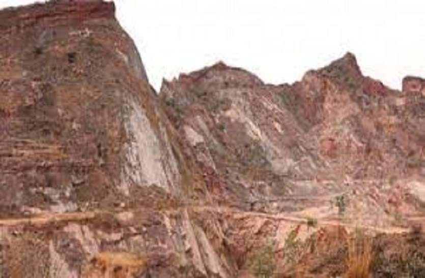 खनिज विभाग चुप: आखिर किन क्रशरों पर जाता था अवैध खनन का पत्थर